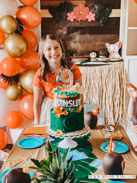 Moana birthday party, moana birthday, moana party ideas, moana cookies, taylor joelle dress, taylor joelle moana dress, moana birthday cake