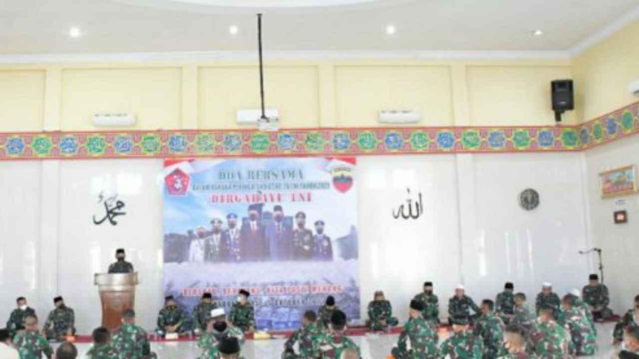 Peringati HUT ke- 76 TNI, Kodam I/Bukit Barisan Gelar Doa Bersama