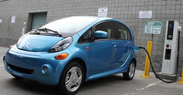 10 Mobil listrik baru dan SUV