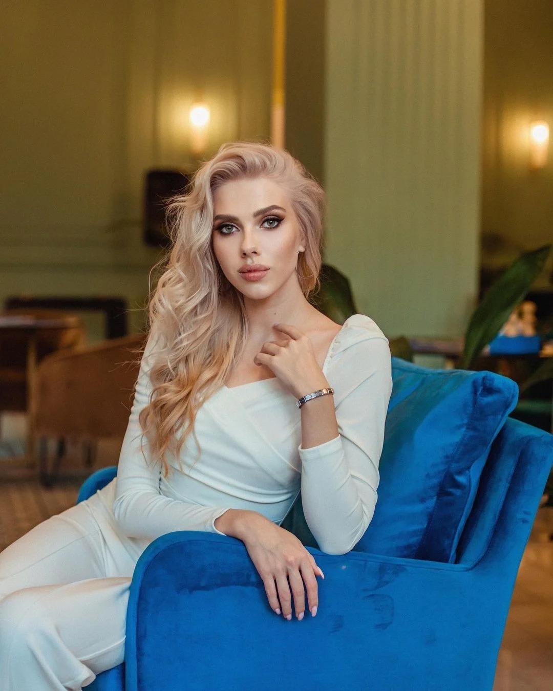 Scarlett Johansson tiene una hermosa gemela rusa en TikTok y no podemos diferenciarlas