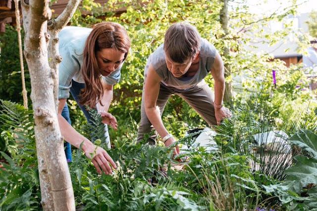 Księżna Kate przy pracach nad Back to Nature' Garden