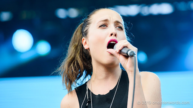 Alice Merton at Riverfest Elora on Saturday, August 17, 2019 Photo by John Ordean at One In Ten Words oneintenwords.com toronto indie alternative live music blog concert photography pictures photos nikon d750 camera yyz photographer summer music festival guelph elora ontario
