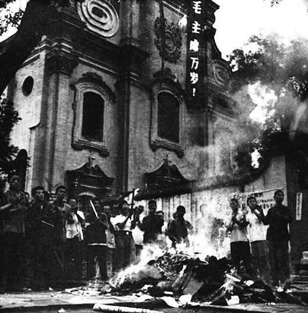 Depredação e saques das igrejas no início da revolução comunista