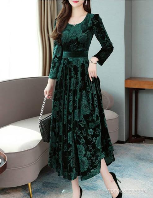 Green Printed Velvet Long Dress