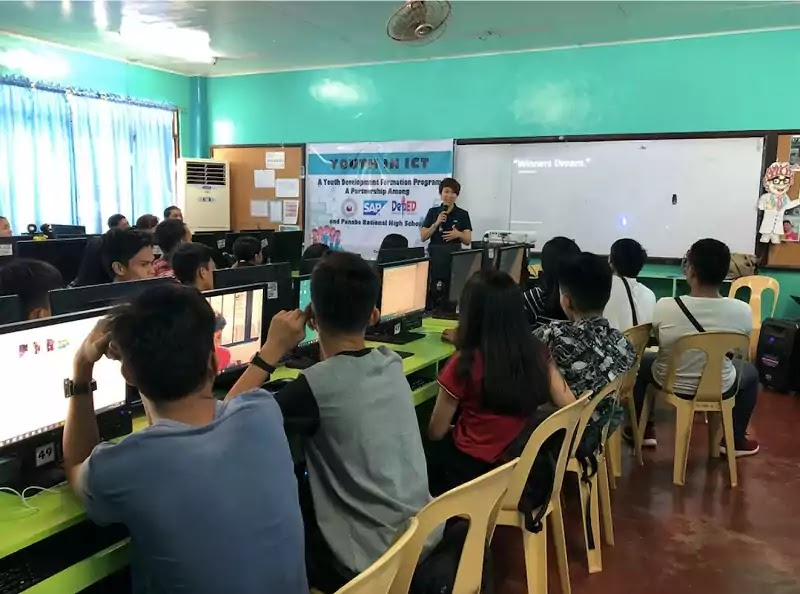 STEM students in Panabo National High School in Davao del Norte