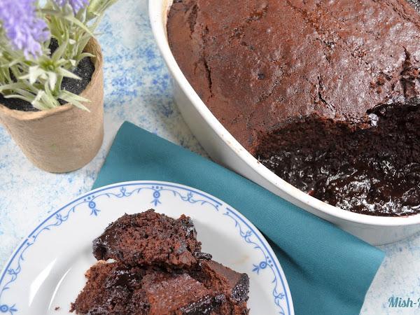 Шоколадов сладкиш с гореща вода