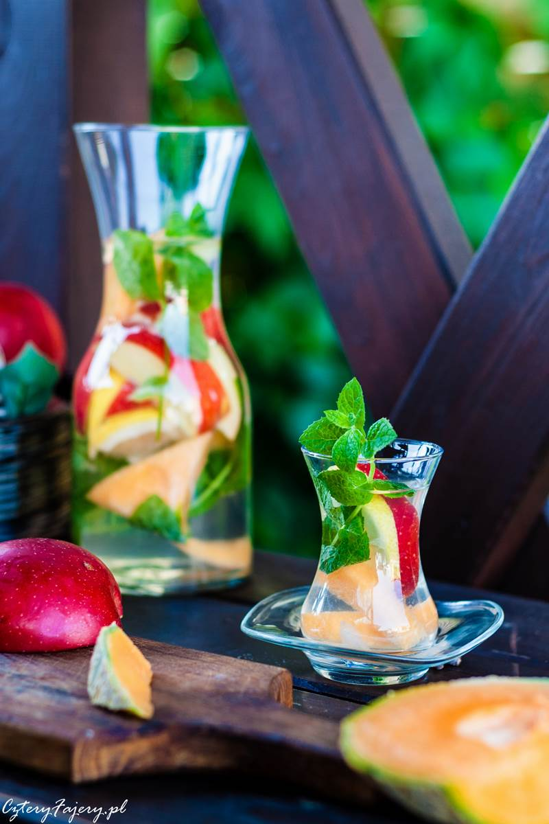lemoniada-z-octem-jablkowym-i-miodem
