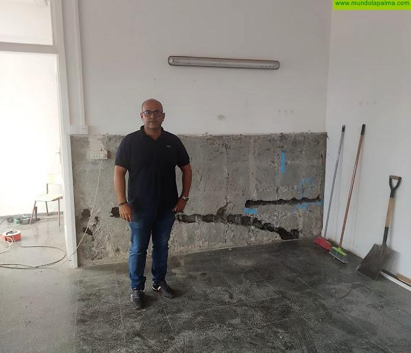 El Ayuntamiento de Los Llanos lleva a cabo obras de mejoras en los centros escolares del municipio