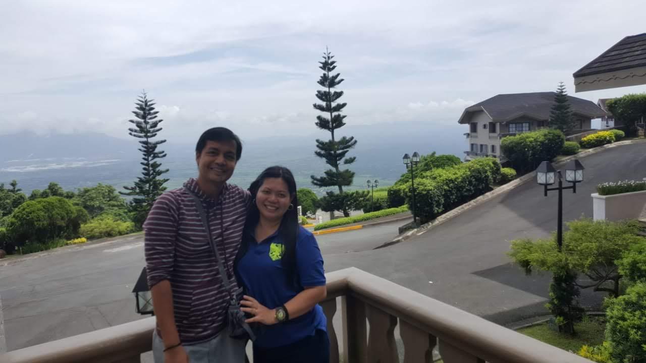 Enjoying the spectacular view of Tagaytay Highlands