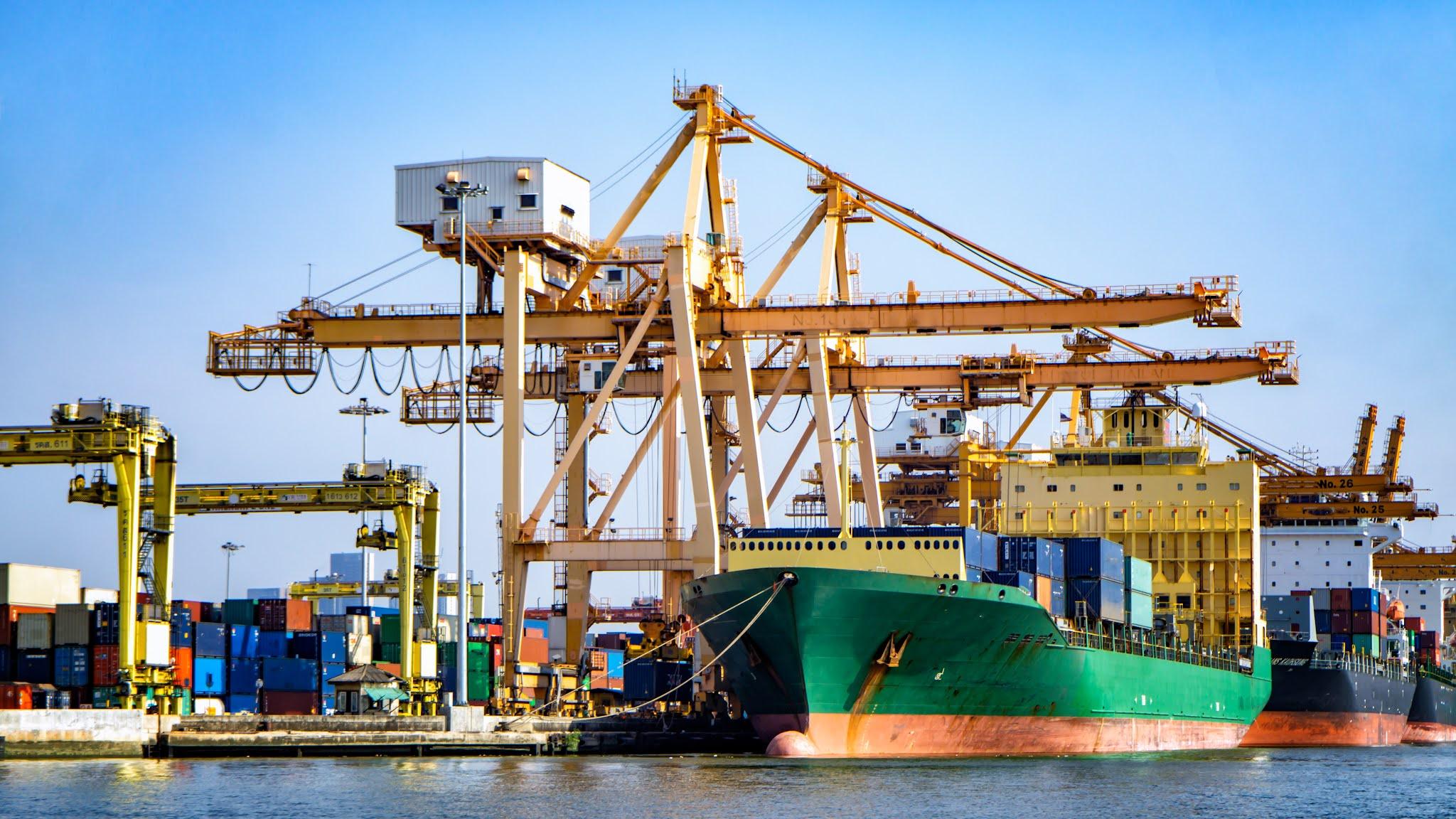 الربع الثاني يشهد نموا في التجارة بين الإمارات والبحرين Bahrain بنسبة 75 في المئة