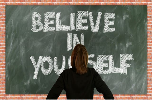 Selain itu, percayalah selalu ada hal baik yang disiapkan oleh Tuhan