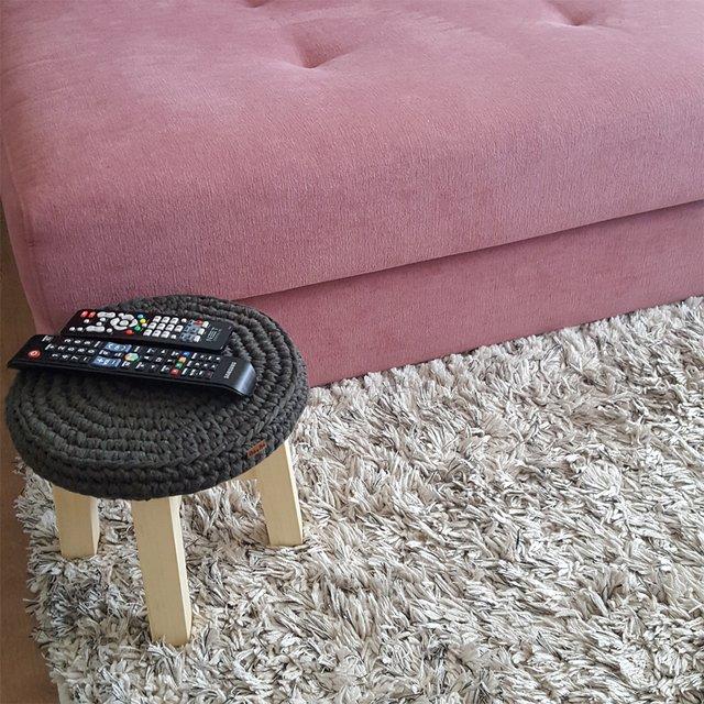 Nó a nó Crocheteria - banco de crochê cor chumbo