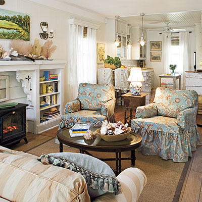 Here Slipcoverd French Chairs Are Mixed With Framed Head Stunning Annie Brahler Slipcovers