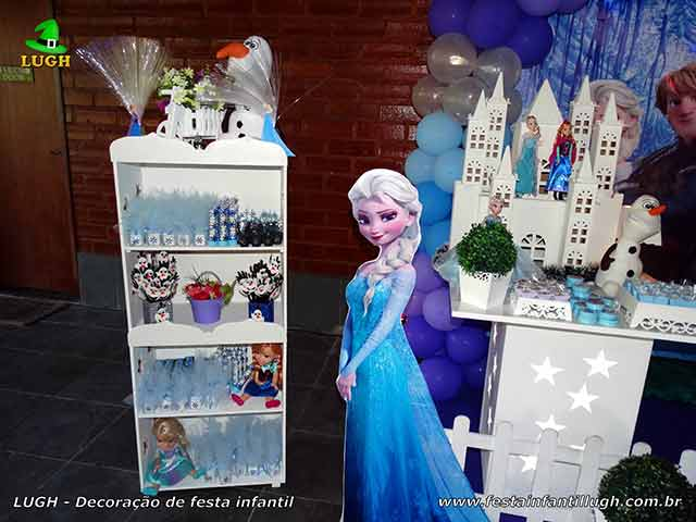 Decoração de festa infantil Frozen - Mesa temática de aniversário
