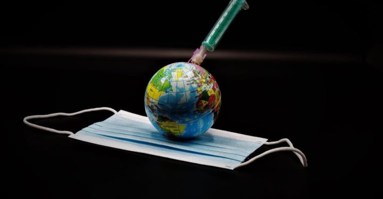 Liberdade de saúde é a questão política mais quente em todo o mundo, e nosso mundo nunca mais será o mesmo depois disso