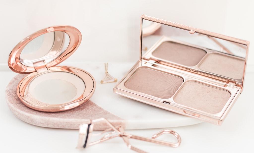 Best of beauty 2017 meine Make-up-Jahresfavoriten Puder und Highlighter von Charlotte Tilbury