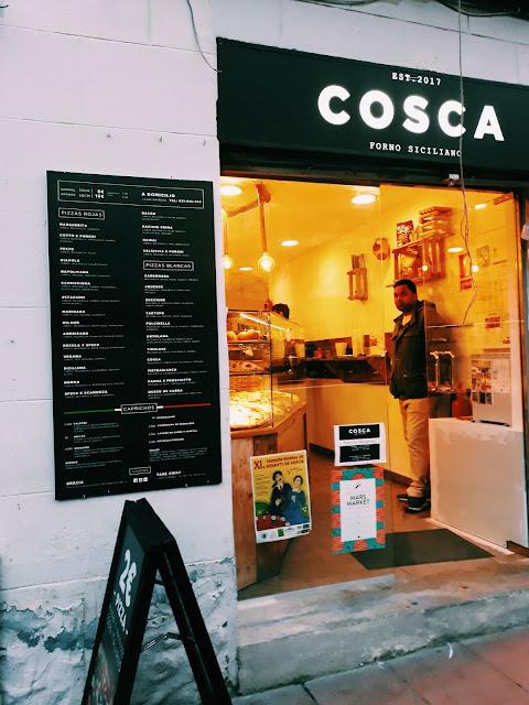 Pizza włoska w Barcelonie