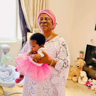Sinach Celebrates Mum on her birthday