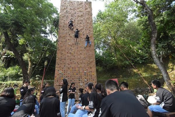 彰化縣成年禮很不一樣 攀岩攀出人生體會