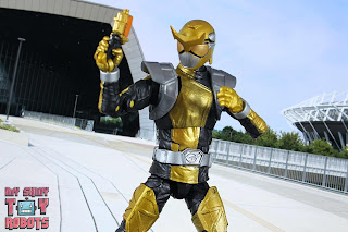 Lightning Collection Beast Morphers Gold Ranger 23