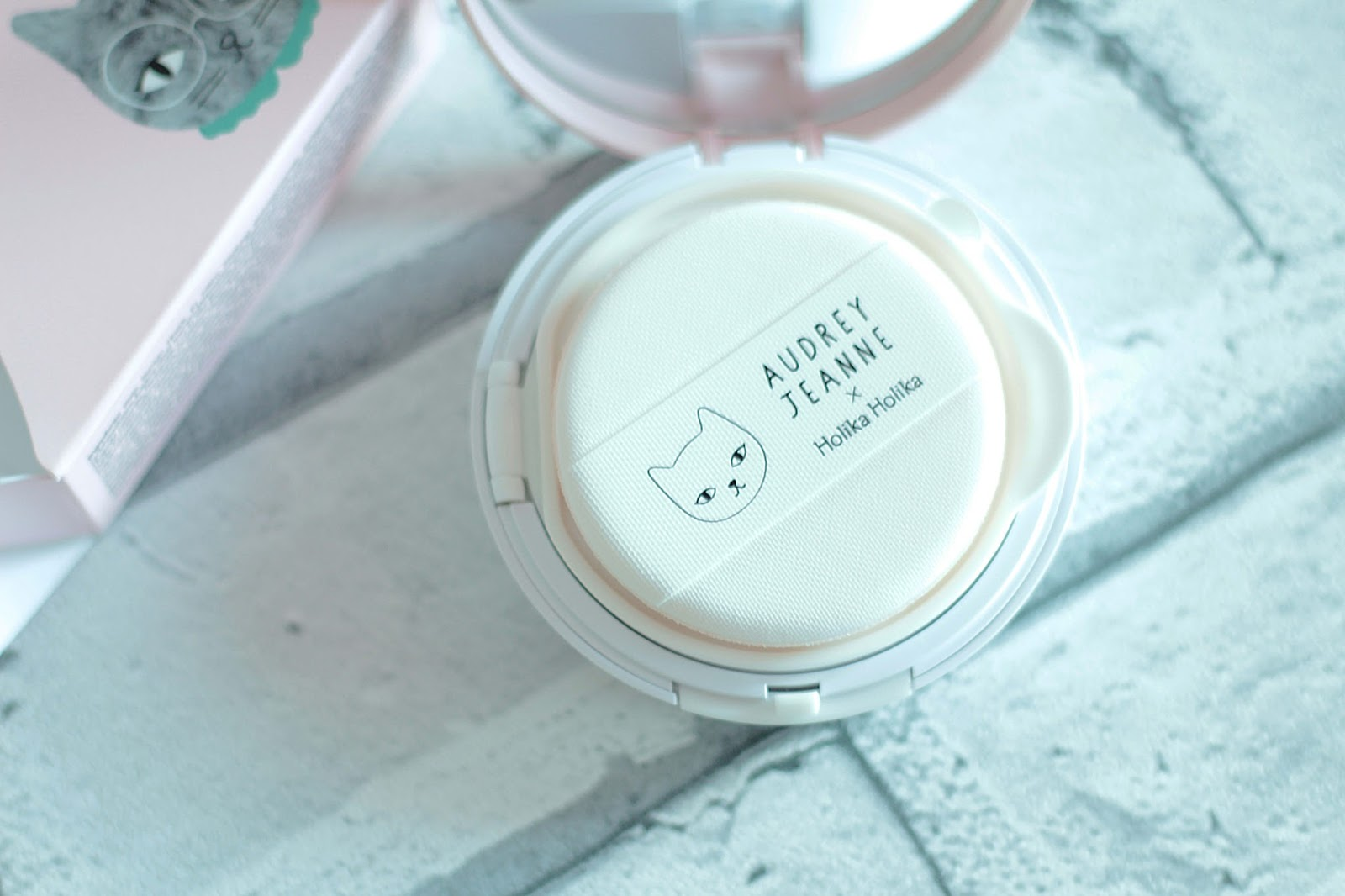 holika holika face2change dodocat glow cushion bb review open compact