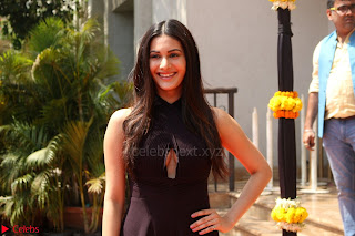 Amyra Dastur Attends Princess India 2016 17 (9).JPG