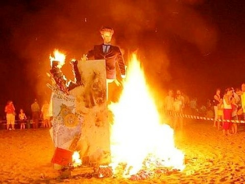 Júas - Puppet burnt at Bonfire of San Juan