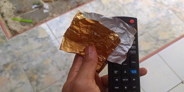 Cara Mudah Memperbaiki Remote TV Mati Total Karena Terkena Air