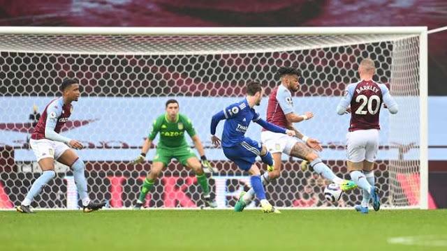 Libas Aston Villa, Leicester City Rebut Posisi Man United
