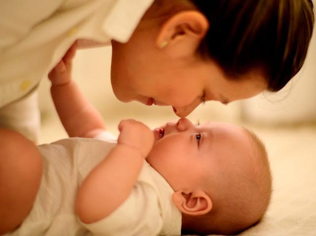 cosa vedono i neonati