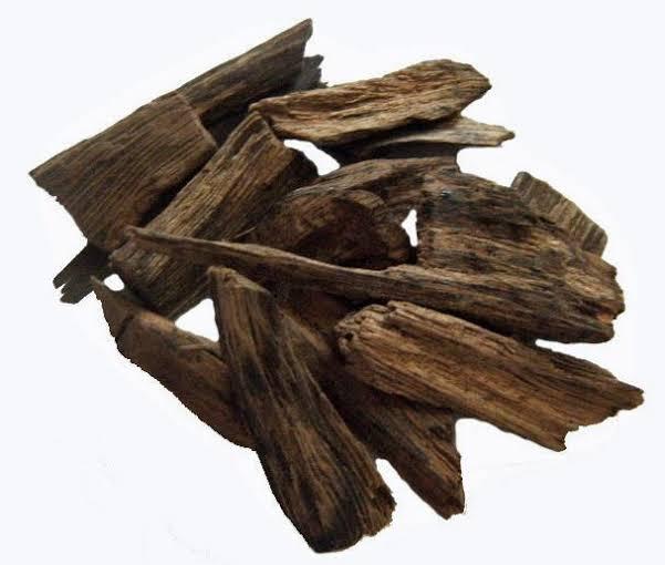 kayu gaharu mahal
