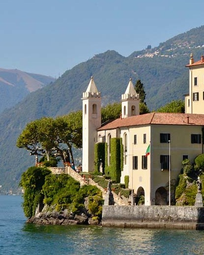 Italian Villas vs French Villas – Best Points to Compare