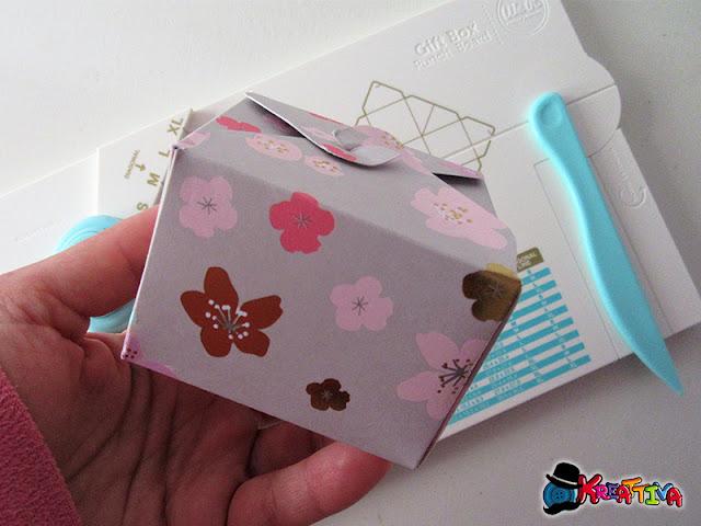Realizza una scatola porta confetti con la Punch Board Gifs Box