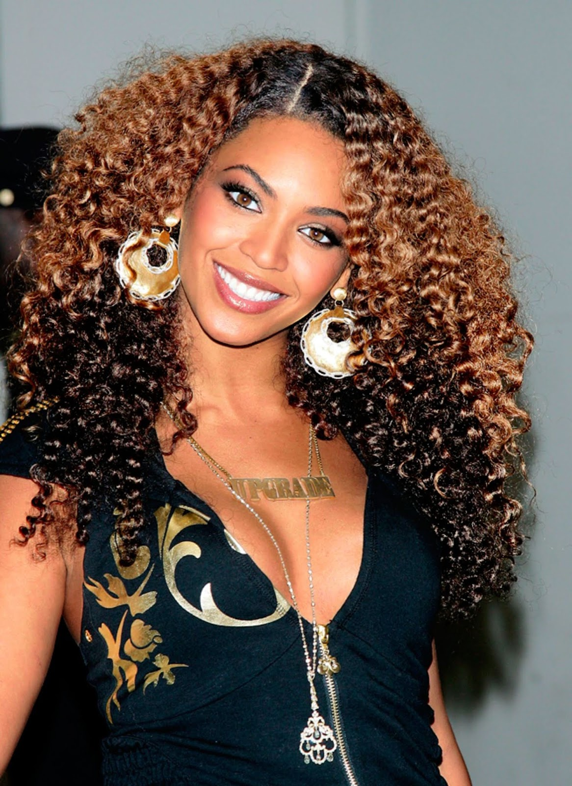 Beyonce's curly hair