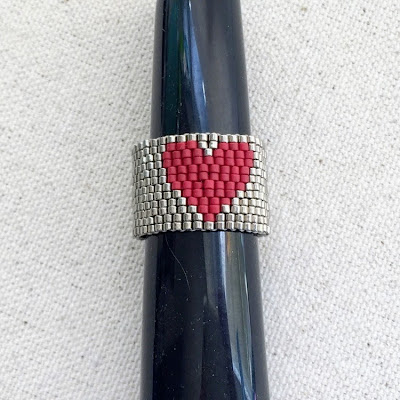 free beaded heart ring instructions
