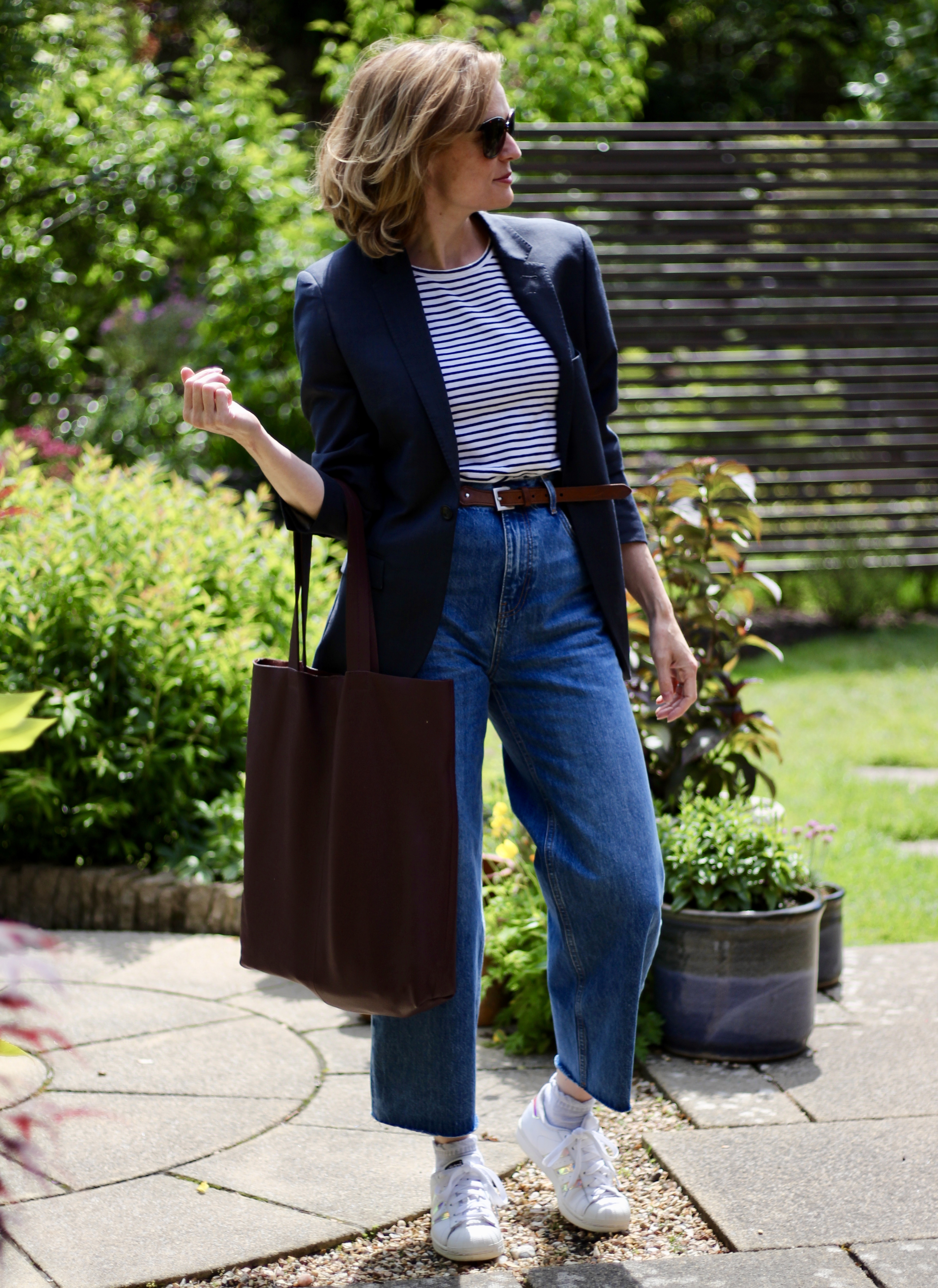 Navy Blazer, cropped jeans & a breton tee