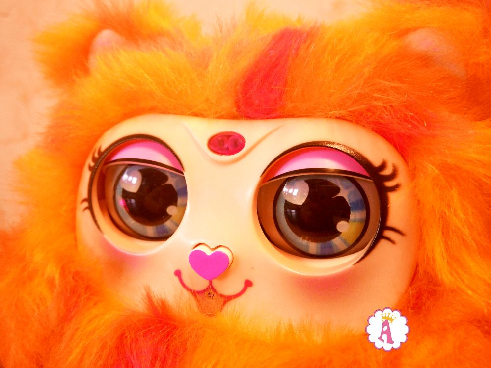Распаковка игрушки Tiny Furries S2 мама Памкин Mama Furry