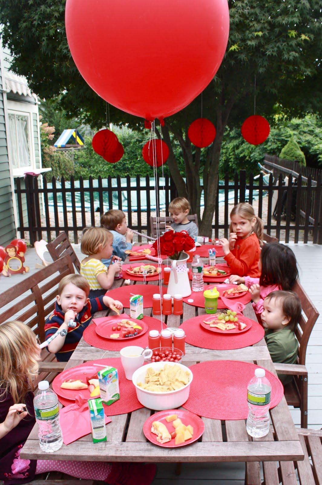 Buby Bleu Red Balloon Party
