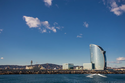 Barcelona Port_by_Laurence Norah-2