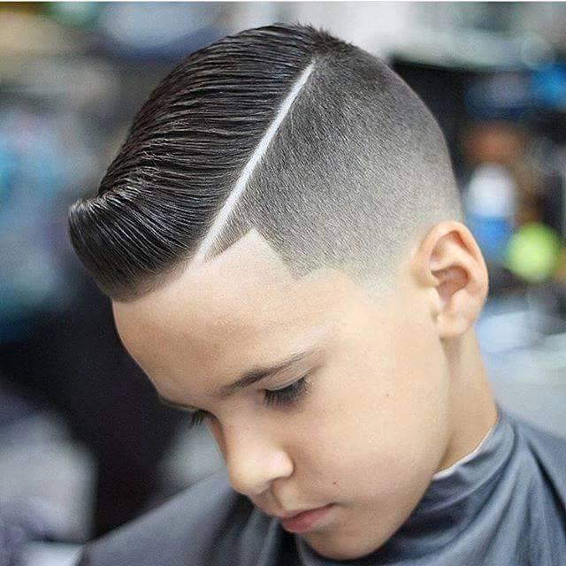 ini ada beberapa contoh model rambut anak agar lebih tampak gaya dan terlihat keren