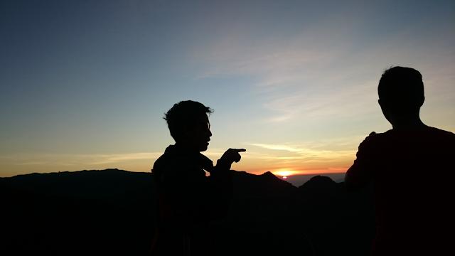 sunrise puncak gunung bismo