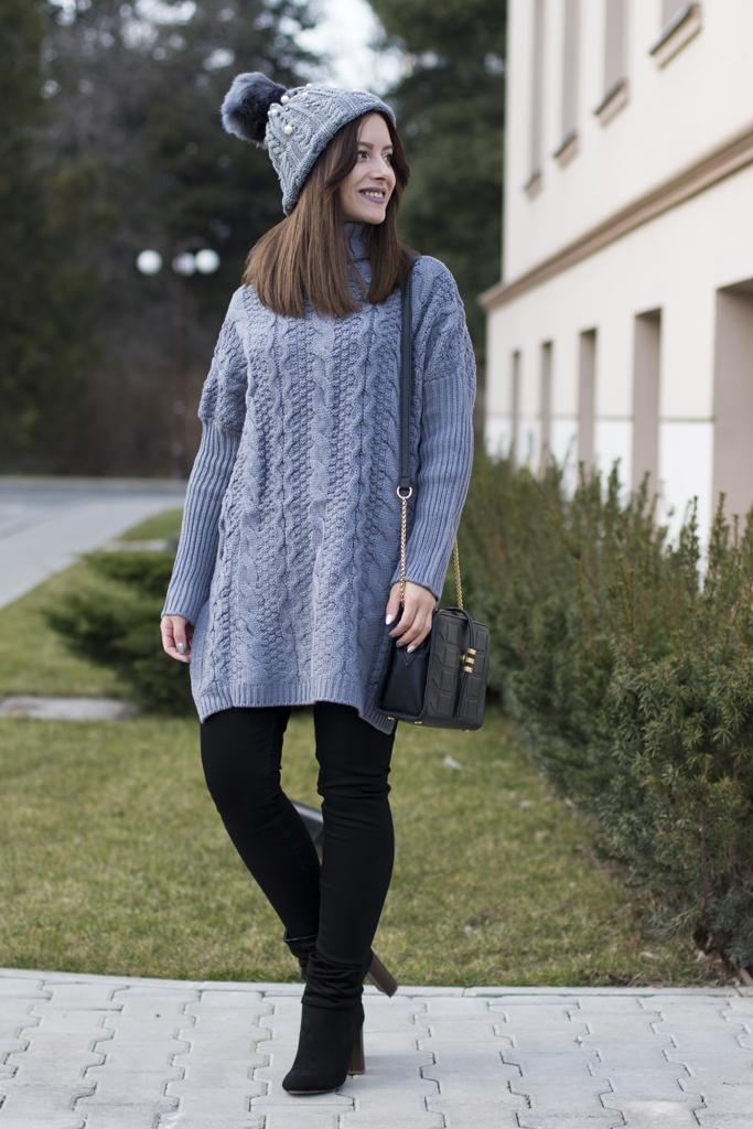 pulover gri supradimensionat