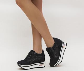 Adidasi negrei moderni de femei, cu talpa groasa si cu gliter