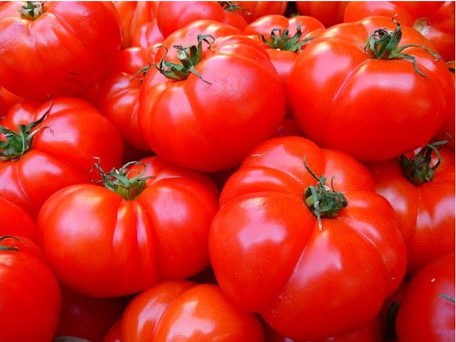 Tomato Benefits For Skin-Tomatoes Use For Skin, Hair, And Health