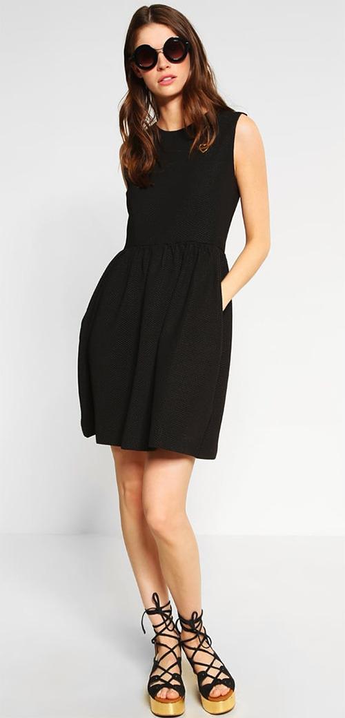 Robe courte noire habillée Love Moschino