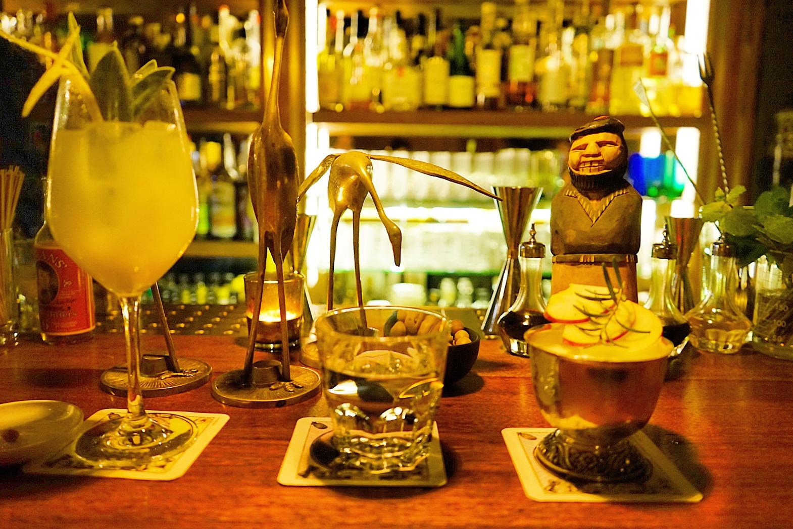 Le Chameau Bleu - Escapade à Gand en Belgique - Bar a cocktail Jigger