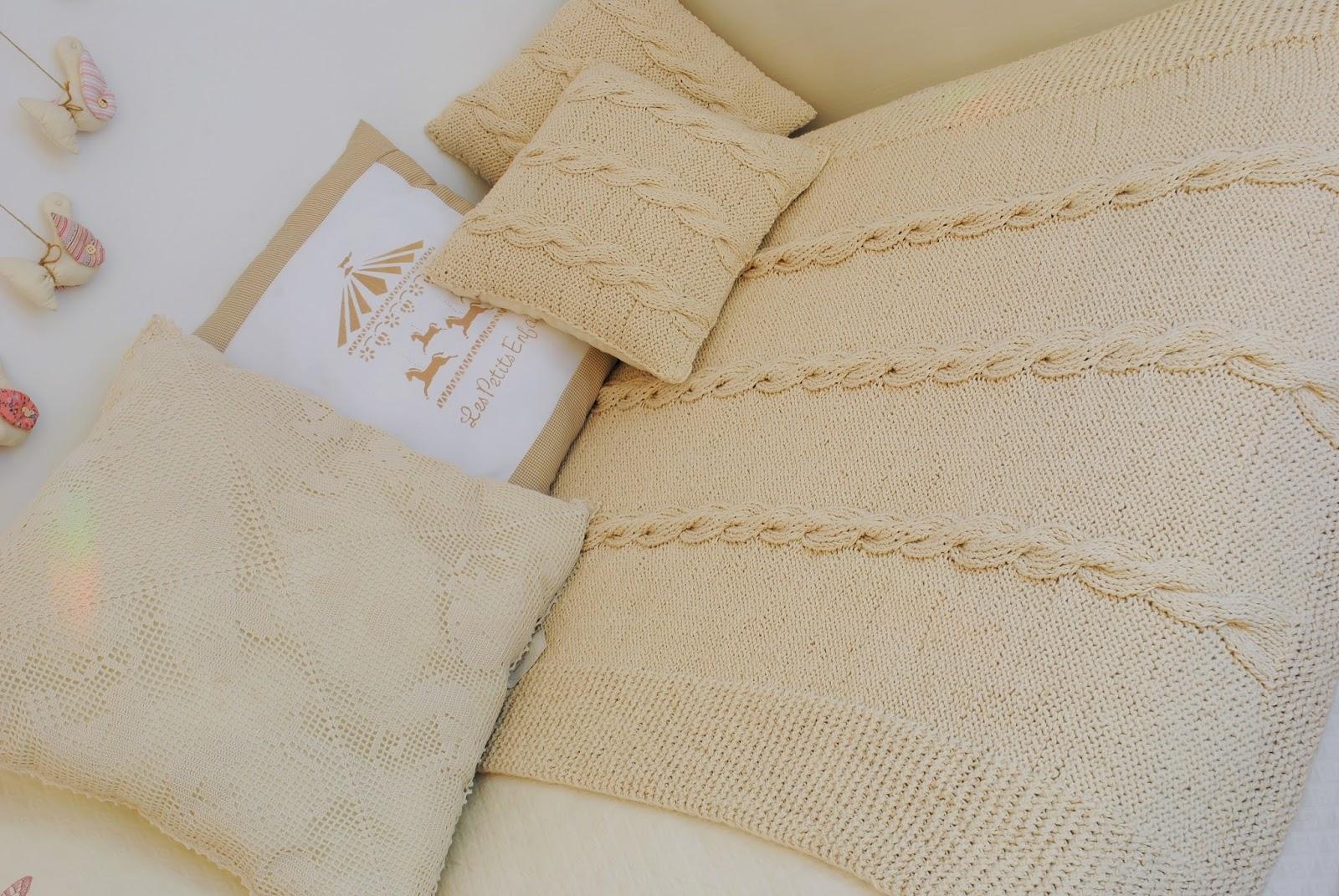 Paz montealegre decoraci n piecera tejida a mano - Ropa de cama para hosteleria ...