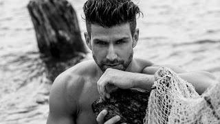 4 μαγιό που δεν πρέπει κανένας άντρας να φορέσει στην παραλία! [photos]