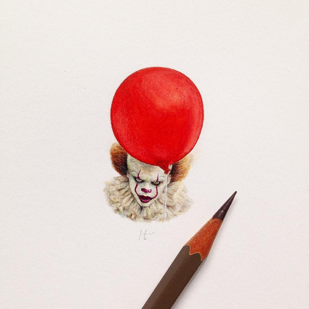 01-IT-Stephen-King-Pennywise-Clown-Claudia-Maccechini-Miniature-Tiny-Drawings-www-designstack-co