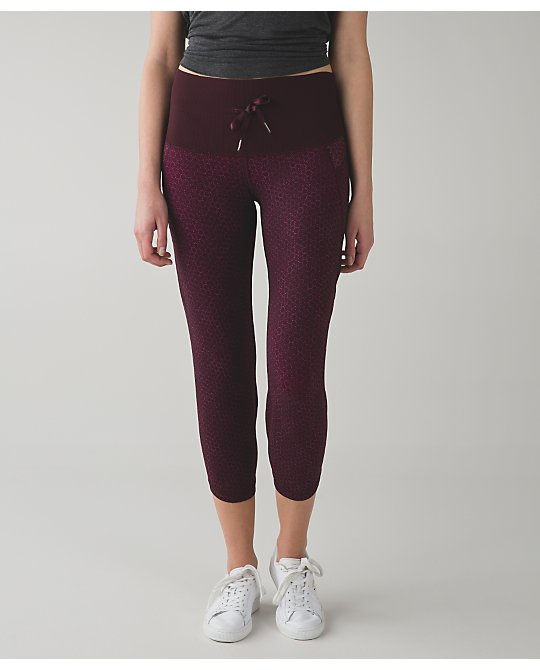 lululemon shake-it-out-crop